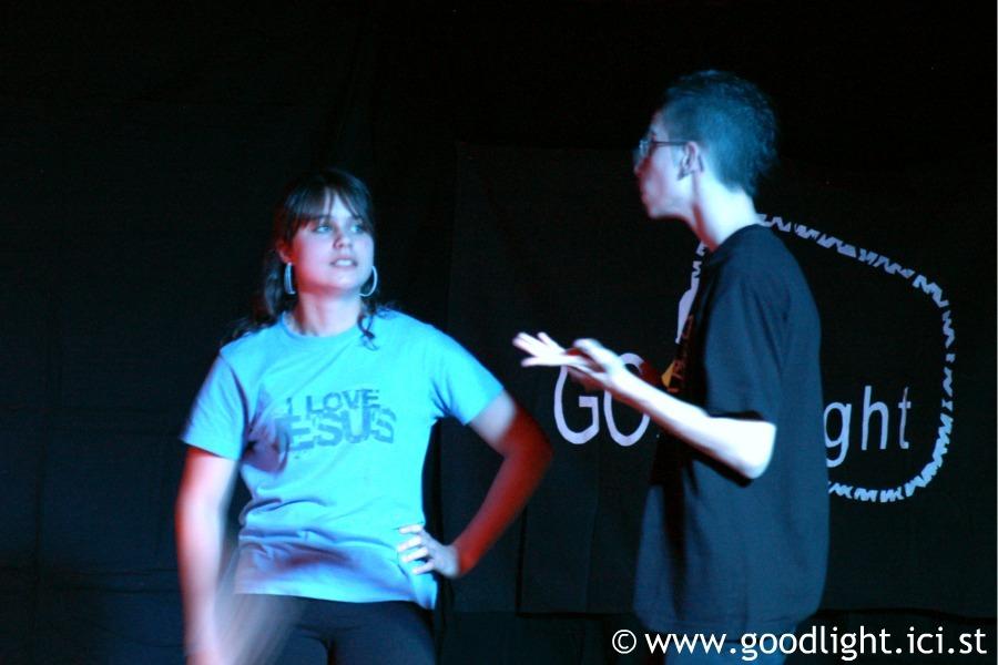 2008-pourquoi-suis-je-sur-terre-goodlight-6