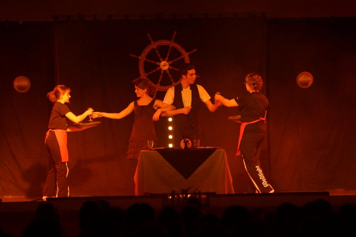 2013-tournee-goodlight-larguez-les-amarres-spectacle-11